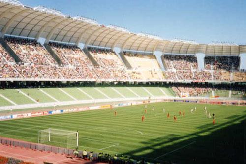 Notez le nouveau stade ! 20346_ori_stadio_san_nicola